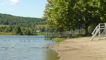 Picture: Bowman Lake Beach